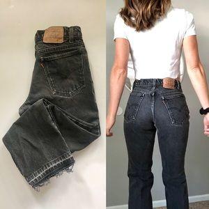 Vintage Levi's 550 faded black jeans